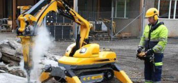 Robot Brokk Fresadora